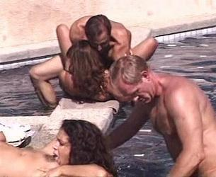 Ultimate Swimming Pool Orgy (1997) [Tight Ends]
